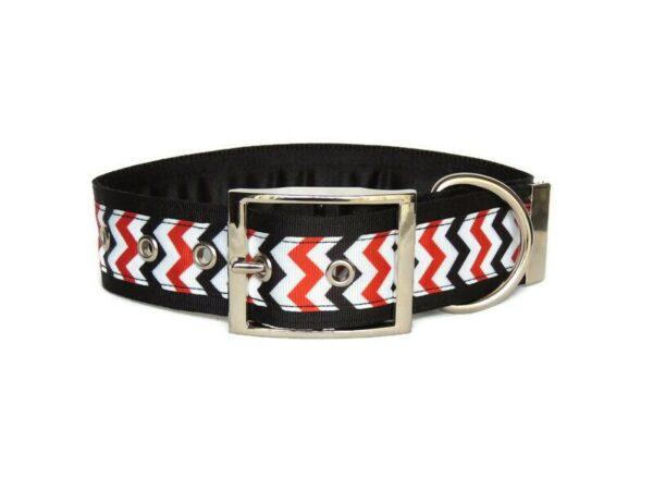 chevron luxury buckle collar